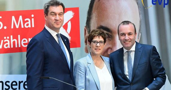Według sondażu exit poll w głosowaniu do Parlamentu Europejskiego najsilniejszy w Niemczech wciąż jest blok partii chadeckich CDU/CSU. Traci on jednak znacząco w porównaniu z rokiem 2014.