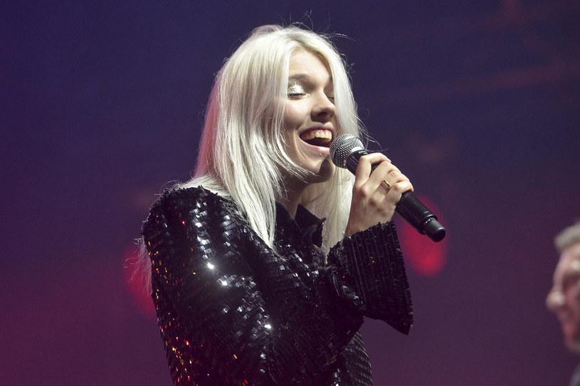 """W oczekiwaniu na album """"Wojny i Noce"""", Daria na ostatniej prostej przed premierą prezentuje nowy utwór """"Żółta Taksówka""""."""