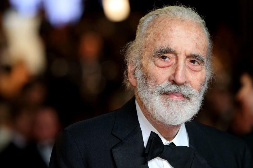 """Dla fanów horrorów to najsłynniejszy Dracula świata filmu. Dla młodszych widzów - to hrabia Dooku z """"Gwiezdnych wojen"""" i Saruman z filmowych trylogii """"Władca Pierścieni"""" i """"Hobbit"""". Christopher Lee, gdyby żył, w poniedziałek, 27 maja, obchodziłby 97. urodziny."""
