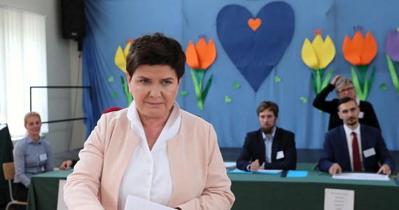 Zdobywając 525  tys. głosów była premier Beata Szydło z PiS uzyskała w wyborach do Parlamentu Europejskiego najlepszy wynik w Polsce. Wicepremier była liderką listy w okręgu małopolsko-świętokrzyskim. Pięć lat temu największym wygranym europejskich wyborów był Jerzy Buzek (PO), który otrzymał ponad 254 tys. głosów poparcia.