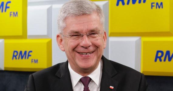 """""""Będziemy rozmawiać na komitecie politycznym - pewnie w tym tygodniu. Jestem przekonany, że premier Mateusz Morawiecki ma już swoje przemyślenia, pewnie już rozmawiał z prezesem Jarosławem Kaczyńskim"""" - stwierdził w Porannej rozmowie w RMF FM marszałek Senatu Stanisław Karczewski pytany o rekonstrukcję rządu po wyborach do europarlamentu. """"Pracuję w Senacie. Nie znam nazwisk na giełdzie"""" - zapewnił."""