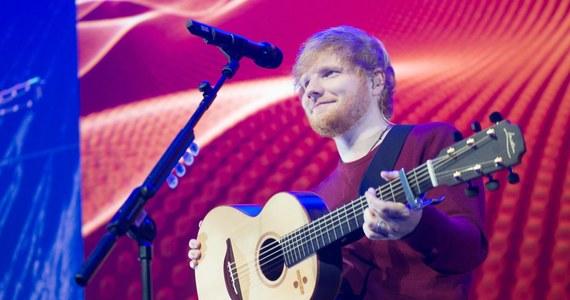 Ed Sheeran ma szansę zostać miliarderem jeszcze przed trzydziestymi urodzinami. Wszystko dzięki trasie Divide Tour, z której zyski to 493 mln funtów.