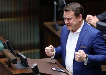 Po eurowyborach: Wygasły mandaty 18 posłów, Dominik Tarczyński zostaje (na razie) w Sejmie