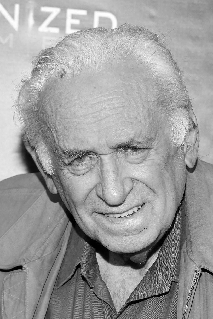 Portal TMZ podał, że w wieku 85 lat zmarł Carmine Caridi. Aktor odszedł we wtorek 28 maja 2019 roku w Los Angeles, gdzie od kilku dni przebywał w szpitalu.