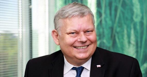 """""""Decyzję o tym, kto będzie poparty w wyborach prezydenckich będzie podejmować gremium komitetu politycznego, być może nawet całej rady politycznej. Na dziś wydaje się, że nie ma alternatywy dla Andrzeja Dudy, ale to nie jest jeszcze decyzja. To jest nasze przekonanie"""" - stwierdził w Porannej rozmowie w RMF FM Marek Suski - szef gabinetu politycznego premiera."""