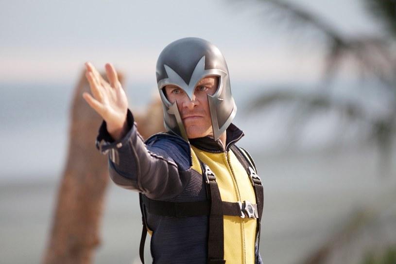 """W wywiadzie dla serwisu ComingSoon reżyser Matthw Vaughn wspominał o swoich planach dotyczących nowej trylogii X-Men. W 2011 roku zrealizował on """"Pierwszą klasę"""", która była rebootem/prequelem serii. Vaughn miał wyreżyserować jej sequel, jednak zrezygnował w czasie preprodukcji."""