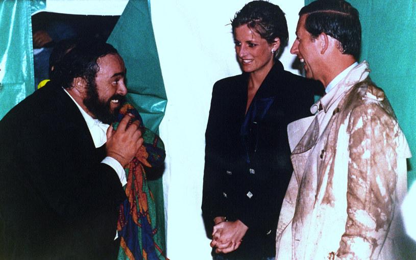 """Gwiazda rocka w operowym wydaniu, nieziemski głos, człowiek legenda - tak określano jednego z najsłynniejszych śpiewaków Luciano Pavarottiego. Dokumentalny film Rona Howarda """"Pavarotti"""" wejdzie do kin 2 sierpnia."""