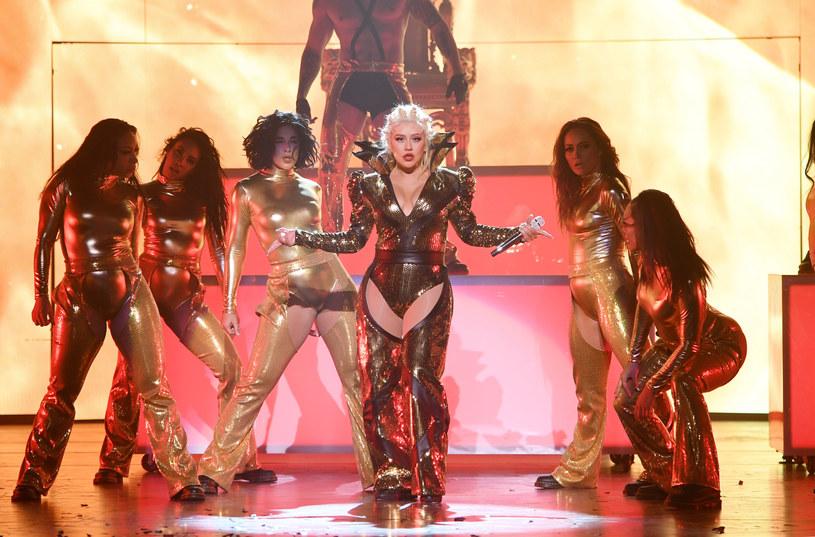 Christina Aguilera rozpoczęła zapowiadaną jeszcze w styczniu tego roku rezydenturę w Las Vegas. Występy artystki potrwają do października 2019 roku. Wokalistka zafundowała publiczności niezapomniane widowisko. Zobacz zdjęcia i wideo z inauguracji.