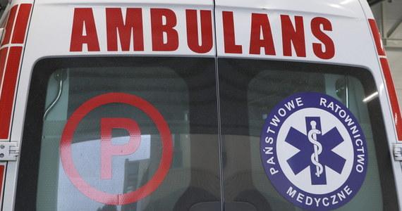 Groźny wypadek na autostradzie A w Mysłowicach. Jedna osoba została ranna. Jeden pas autostrady w stronę Katowic i Wrocławia był po zdarzeniu zablokowany.