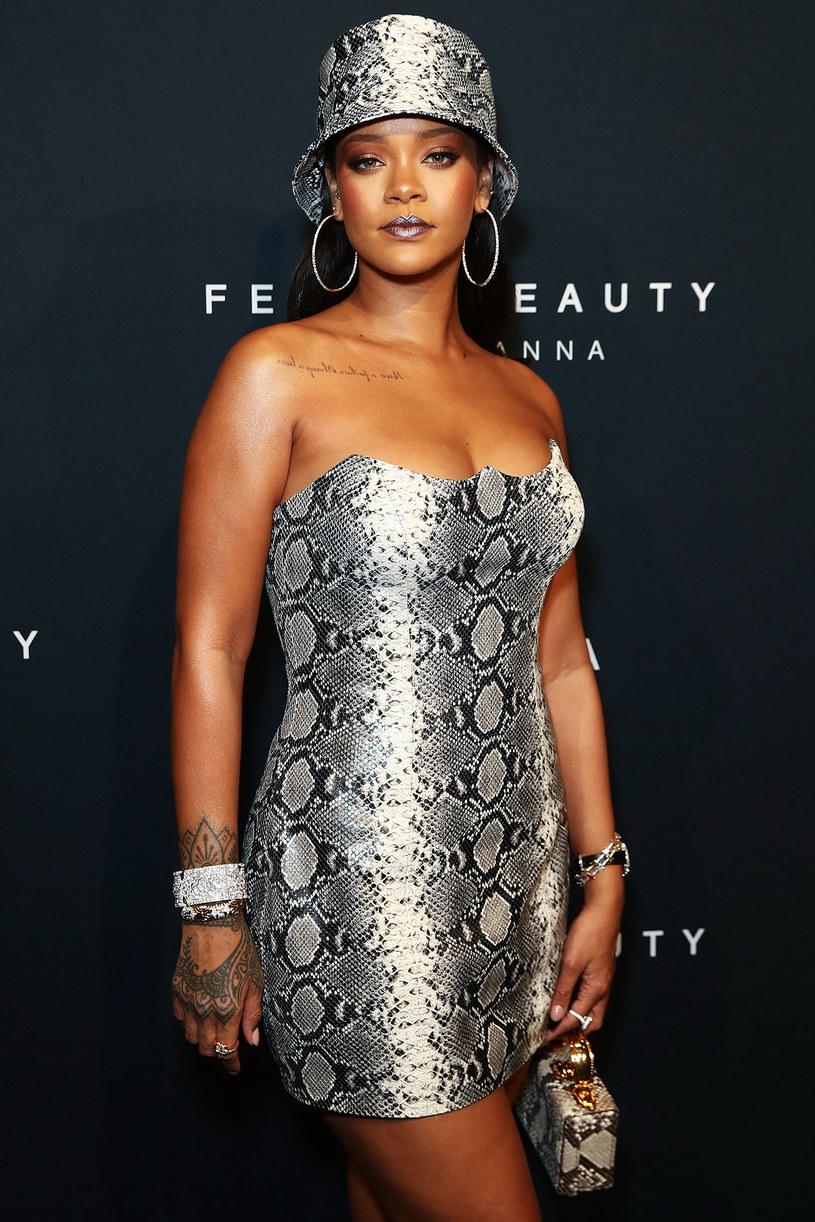 Podczas, gdy Rihanna pracuje nad wydaniem kolejnej płyty i rozwijaniem swojego kosmetyczno-odzieżowego interesu, okrzyknięto ją najbogatszą kobietą branży muzycznej. Piękna barbadoska zostawiła w tyle konkurencję w postaci takich gwiazd jak Beyonce i Madonna.