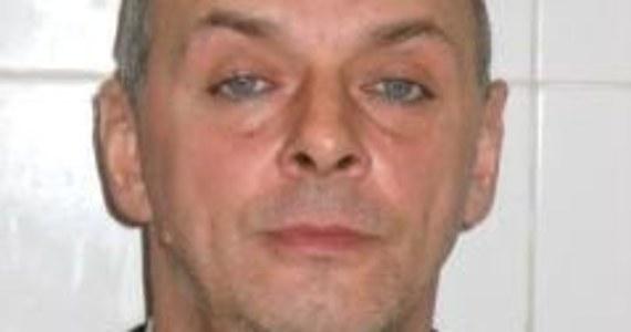 Prokuratura Rejonowa w Siemianowicach Śląskich wszczęła śledztwo przeciwko podejrzanemu Markowi Gieraczowi urodzonemu w dniu 17 kwietnia 1964 r., który nie posiada stałego miejsca zamieszkania, a ostatnio przebywał w Siemianowicach Śląskich. Mężczyzna jest podejrzany o zabójstwo 28-latka, którego zwłoki ujawniono na nieużytkach w dniu 1 czerwca br.