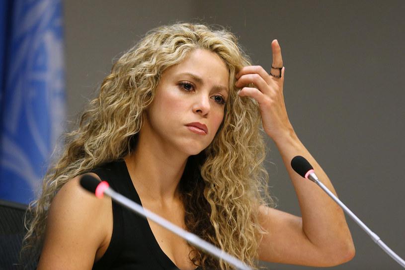 Shakira musi wytłumaczyć się przed sądem w sprawie dotyczącej oszustwa podatkowego. Choć gwiazda twierdzi, że jest niewinna, była zmuszona stawić się w hiszpańskim sądzie i złożyć pierwsze zeznania.
