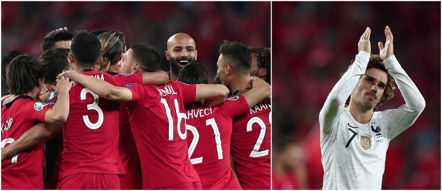 Wyjazdowa porażka piłkarskiego mistrza świata - Francji - z reprezentacją Turcji 0:2 była największą niespodzianką wśród rozstrzygnięć sobotnich meczów eliminacji Euro 2020. Nie zawiedli natomiast inni faworyci: swoje spotkania wygrały m.in. drużyny Belgii, Niemiec, Włoch i Chorwacji.