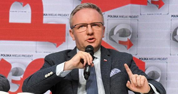 """""""Projekt porozumienia politycznego ws. zwiększenia obecności wojsk USA w Polsce, który może zostać zatwierdzony w środę w Waszyngtonie przez prezydentów Polski i USA, zwiększa bezpieczeństwo nie tylko Polski, ale też całego regionu Europy Środkowo-Wschodniej"""" - podkreślił szef gabinetu prezydenta Krzysztof Szczerski."""