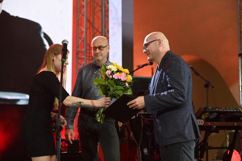 33. edycja Tarnowskiej Nagrody Filmowej - festiwalu wybranych polskich filmów fabularnych dobiegła końca. Podczas uroczystej gali wręczenia nagród, która odbyła się 8 czerwca 2019 roku w Amfiteatrze Letnim, ogłoszono laureatów.