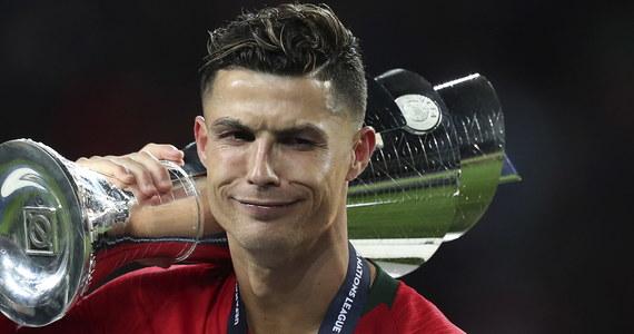 W ostatni weekend poznaliśmy rozstrzygnięcie pierwszej w historii piłkarskiej Ligi Narodów. W finale Portugalia pokonała Holandię 1:0. Po meczu miała miejsce nietypowa sytuacja. Kapitan wygranej drużyny Cristiano Ronaldo przekonywał swojego przeciwnika do przejścia do Juventusu Turyn.
