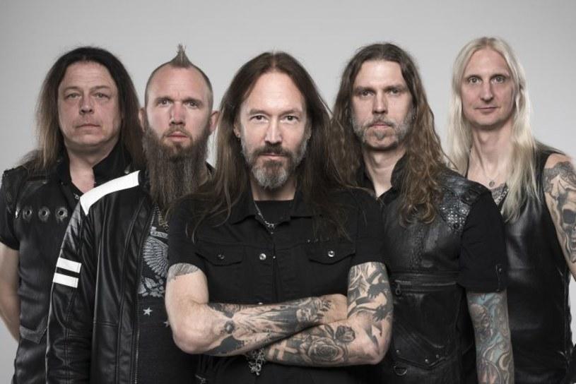 """Do sieci trafiło tekstowe wideo do singla """"(We Make) Sweden Rock"""" heavy / powermetalowców ze szwedzkiego Hammerfall. Formacja w lutym 2020 r. promować będzie nowy album """"Dominion"""" na dwóch koncertach w Polsce."""