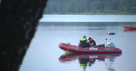 Na zalewie Pogoria w Dąbrowie Górniczej wznowiono poszukiwania 18-latka. Akcja poszukiwawcza, która trwa od wczorajszego wieczora, została przerwana przed północą.
