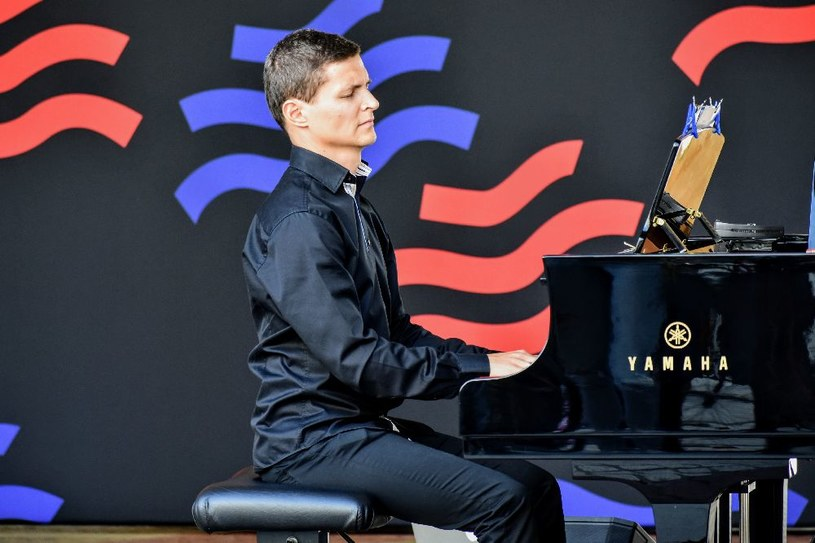 W sobotę (15 czerwca) łódzki pianista jazzowy Maciej Tubis zaprezentuje autorskie interpretacje standardów Krzysztofa Komedy w ramach Fortepiany Wolności 2019 - Foto Festiwal.