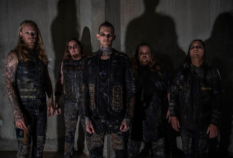 Deathcore'owa grupa Carnifex z Kalifornii szykuje się do premiery nowej płyty.