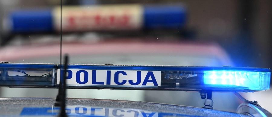 Tragiczny wypadek koło Torunia. Nie żyje 2-letnie dziecko, które wiozła w samochodzie 25-letnia matka.