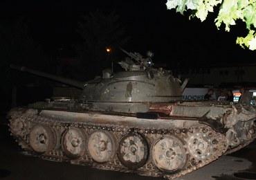 Pijany wybrał się na przejażdżkę po mieście... czołgiem. 49-latek zatrzymany