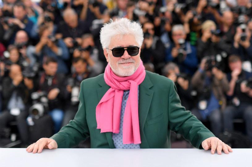 Hiszpański reżyser Pedro Amodovar został drugim tegorocznym laureatem honorowego Złotego Lwa za całokształt twórczości. W marcu ogłoszono, że otrzyma go także brytyjska aktorka Julie Andrews. Nagrody zostaną wręczone podczas Festiwalu Filmowego w Wenecji.