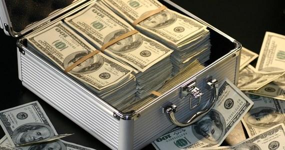 Unia Europejska zdecydowała w piątek o usunięciu Dominiki ze swojej czarnej listy rajów podatkowych. Karaibski kraj zrealizował swoje zobowiązania i odpowiedział na zastrzeżenia UE dotyczące automatycznej wymiany informacji finansowych.