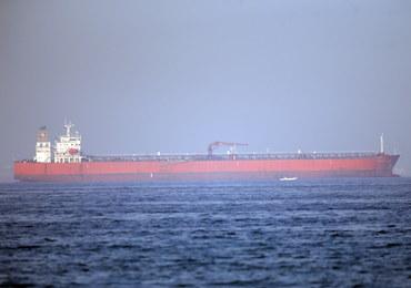 Załoga uszkodzonego norweskiego tankowca jest już w Dubaju