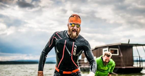 """""""Myślisz więc, że jesteś z żelaza, bo udało Ci się ukończyć kiedyś jakiegoś Ironmana czy InnegoMena? Nie jesteś! Sprawdź się z Hardą, która udowodni Ci czym jest prawdziwa stal"""" – tak piszą organizatorzy jednego z najtrudniejszych ultratriathlonów na świecie. W ten weekend w polskich i słowackich Tatrach będą rywalizować najtwardsi z twardych zawodników, którzy kiedykolwiek podjęli się rywalizacji w triathlonie. Najlepszy z nich w zeszłym roku ukończył zawody w 23 godziny i 22 minuty. O tym, czym jest Harda i co zrobić, żeby ją pokonać –  z organizatorem imprezy Marcinem Wernikiem rozmawiał - Paweł Pawłowski."""