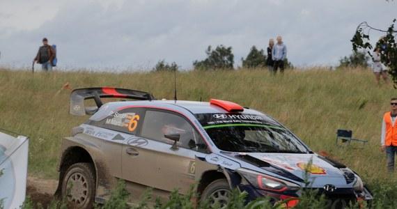 Na liście zgłoszeń do 76. Rajdu Polski - czwartej rundy samochodowych mistrzostw Europy, która w przyszły weekend odbędzie się na szutrowych trasach w rejonie Mikołajek - zgłosiła się rekordowa liczba 102 załóg. Liderem cyklu jest Łukasz Habaj (Skoda Fabia R5).