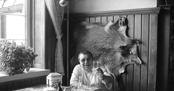 """20 czerwca 2019 roku mija pierwsza rocznica śmierci Tadeusza Wojciechowskiego, pierwszego zagranicznego korespondenta radia RMF FM. """"Wojtek"""" lub """"Baca"""" - jak nazywali go bliscy znajomi i przyjaciele - był od zawsze i do końca człowiekiem radia."""