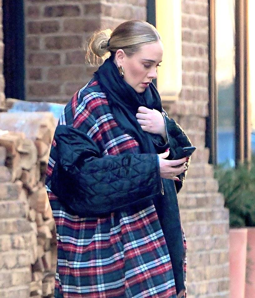 Ostatnie zdjęcie Adele na Instagramie pokazują sporą przemianę gwiazdy, która w kwietniu poinformowała, że rozstała się z mężem Simonem Koneckim.