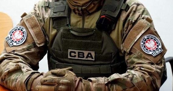 Katowiccy agenci Centralnego Biura Antykorupcyjnego zatrzymali 9 osób w związku z próba utrudnienia przetargu ogłoszonego przez PKP PLK. Zatrzymań dokonano na terenie kilku województw.