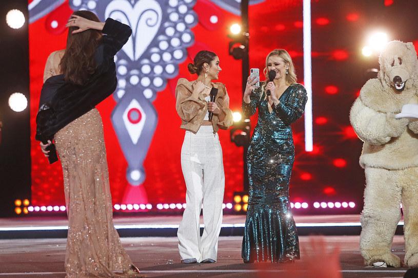 """Znana z m.in. """"Pytania na śniadanie"""" i """"Dance Dance Dance"""" Ida Nowakowska zostanie nową prowadzącą """"The Voice Kids"""", gdzie zastąpi Basię Kurdej-Szatan."""