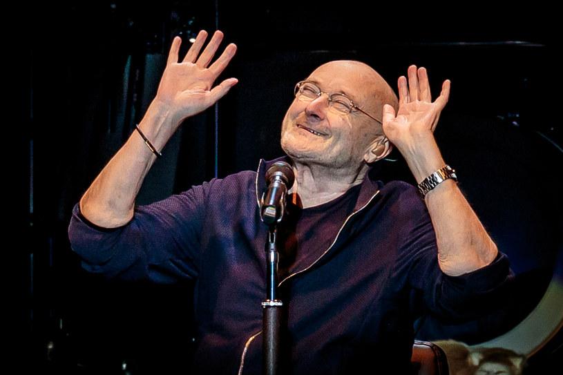 """W środę 26 czerwca na PGE Narodowym w Warszawie z solowym koncertem w ramach trasy """"Still Not Dead Yet Live"""" wystąpi Phil Collins. W roli gościa specjalnego pojawi się dowodzona przez Nile'a Rodgersa grupa Chic."""