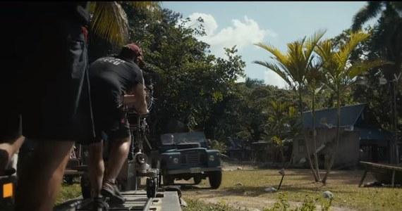 Pojawił się pierwszy krótki film z planu nowego Bonda. Przy pracy na Jamajce widzimy część ekipy z Danielem Craigiem na czele. Premiera nowej części przygód Agenta 007 zaplanowana jest na kwiecień 2020 roku.