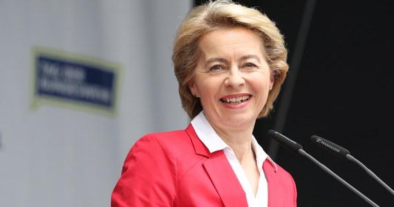 Szefowa niemieckiego resortu obrony, stronniczka Angeli Merkel, nieunikająca krytycznych opinii wobec polityki Rosji w Europie Środkowo-Wschodniej, zwolenniczka współpracy obronnej Ursula von der Leyen jest kandydatką na szefową Komisji Europejskiej.