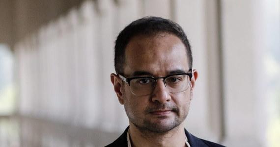 """Jeden z producentów filmu """"Wilk z Wall Street"""", pasierb oskarżonego o korupcję byłego malezyjskiego premiera Najiba Razaka, usłyszał w piątek w Malezji zarzuty prania brudnych pieniędzy. Zarzuca się mu przywłaszczenie 248 mln dolarów powiązanych z państwowym funduszem 1MDB."""