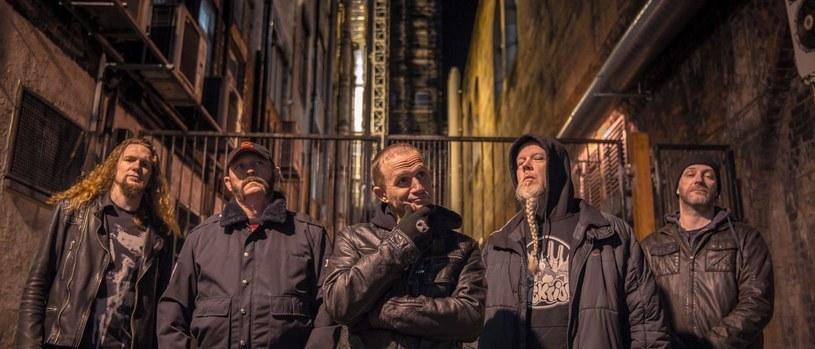 """""""The Age Of Entitlement"""" - to tytuł pierwszej od blisko trzech dekad płyty angielskich thrashmetalowców z Acid Reign."""
