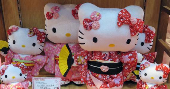 Komisja Europejska nałożyła 6 mln euro grzywny na japońskie przedsiębiorstwo Sanrio za zakaz sprzedaży za granicę licencjonowanych towarów m.in. z postacią Hello Kitty na Europejskim Obszarze Gospodarczym.