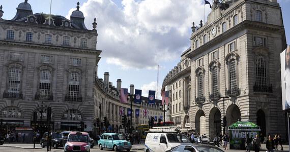 Jeszcze w tym miesiącu nad ulicami Londynu pojawi się policyjny dron. Będzie najnowszą bronią Scotland Yardu w walce z piratami drogowymi.