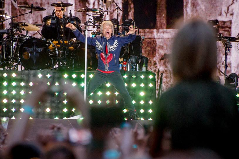 Po długich sześciu latach grupa Bon Jovi powróciła do Polski. Co wydarzyło się podczas koncertu na stadionie PGE Narodowy w Warszawie?