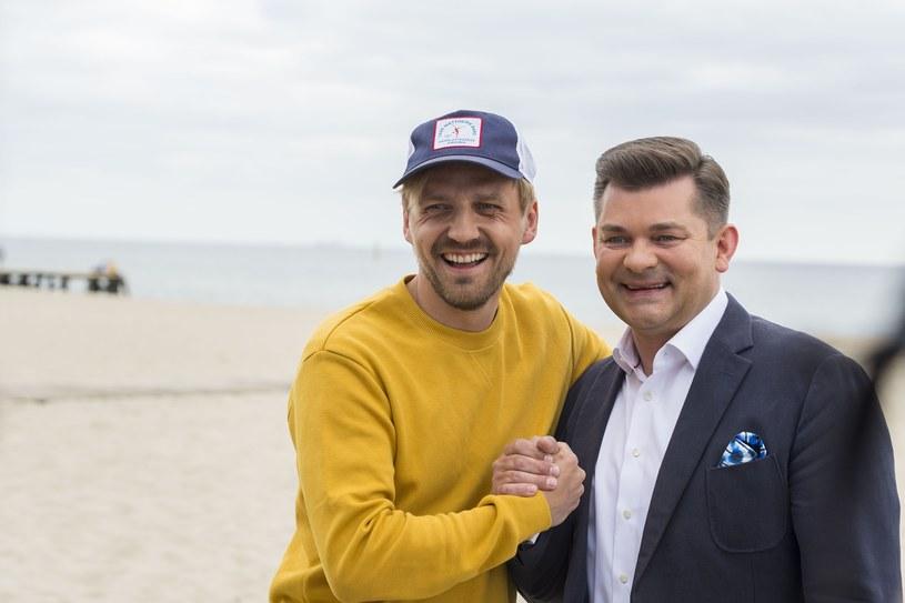 """""""Super Express"""" dotarł do informacji dotyczących wakacyjnych zarobków polskich gwiazd. Kto jest najbardziej zapracowanym wokalistą w tym czasie?"""