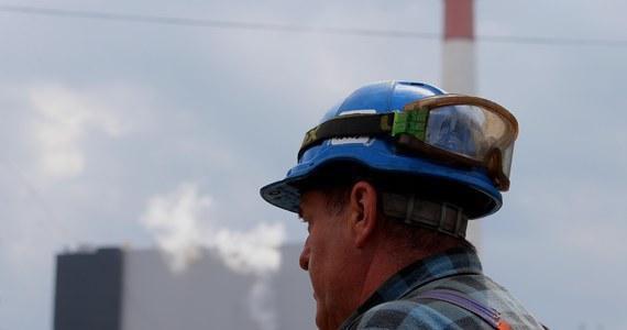 Bez porozumienia zakończyły się rozmowy górników z kopalni Janina w Libiążu i związków zawodowych z zarządem spółki Tauron Wydobycie. Górnicy chcą więcej zarabiać. Dziś przedstawili zarządowi swoje postulaty.