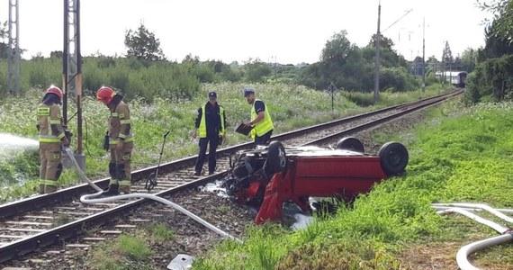 Trzy osoby zostały ranne w zderzeniu pociągu z samochodem osobowym w Pasłęku w woj. warmińsko-mazurskim.