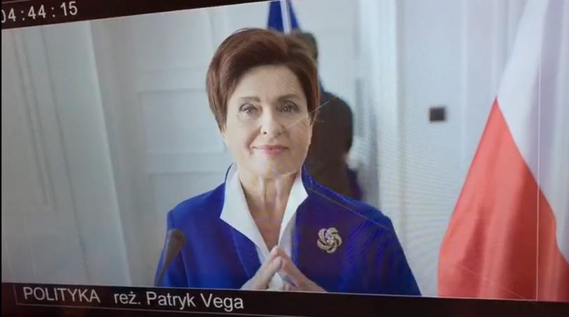 """""""Poznajecie tę panią?"""" - tak najnowsze wideo, promujące film """"Polityka"""", zatytułował Patryk Vega. Na filmiku można zobaczyć ucharakteryzowaną na Beatę Szydło Ewę Kasprzyk."""