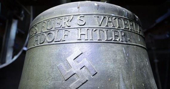 Z wieży kościoła ewangelickiego Św. Wendelina w Essingen na południu Niemiec zdjęto umieszczony tam w 1936 roku dzwon z inskrypcją gloryfikującą Adolfa Hitlera i swastyką. Decyzję w tej sprawie podjęła ostatnio Rada Kościoła Ewangelickiego.