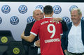 Bundesliga. Hoeness: Dwa lata temu Lewandowski odwiedził mnie w gabinecie