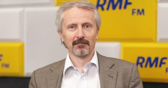 """""""O 8-procentowym progu w przypadku lewicy nie ma co marzyć, to gigantyczne polityczne ryzyko"""" - tak prof. Rafał Chwedoruk mówi w Rozmowie w samo południe w RMF FM o strategii jaką lewica powinna przyjąć przed wyborami parlamentarnymi. Według gościa Marcina Zaborskiego lewica powinna startować jako komitet wyborczy."""